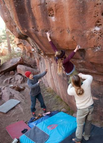 Climbing with Sara, Sam and Lolo in Arrastradero.
